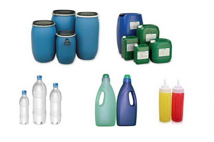 Bidons et Bouteilles en Plastique